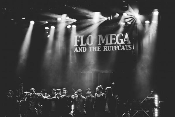 flo_mega